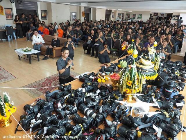 Таким необычным способом тайские фотографы благодарят своих учителей