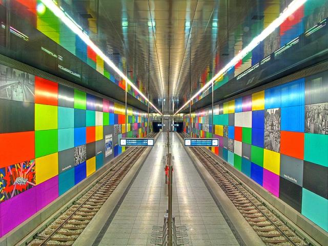 Самые красивые станции метро в мире - 64 фото