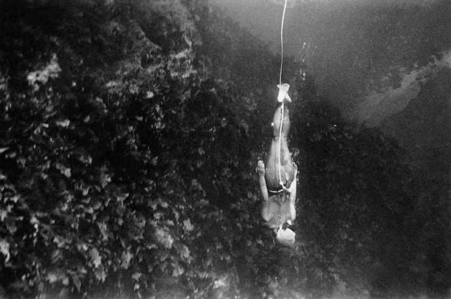 «Остров ныряльщиц» Фоско Мараини