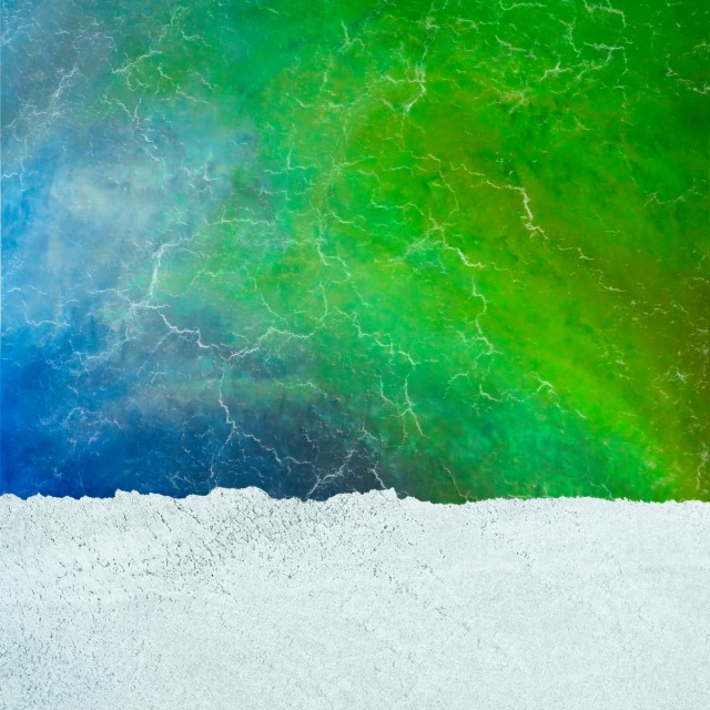 Живописные потоки озера Эйр в потрясающих аэрофотографиях
