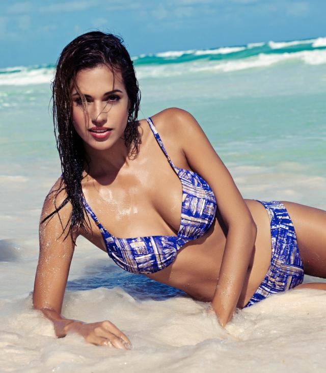 саша секс на пляже: