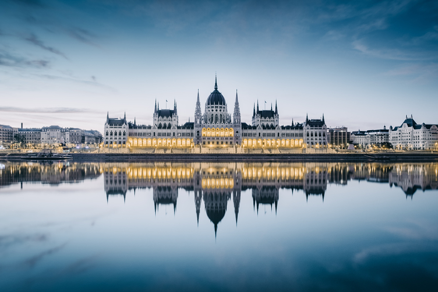 Budapest Parlament by Simon Alexander on 500px.com