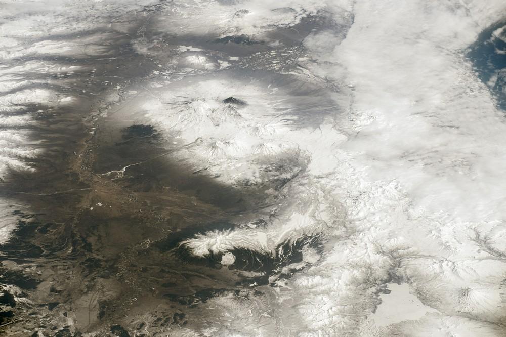 Вулканы Камчатки: Ключевская сопка, Безымянный и Ушковской