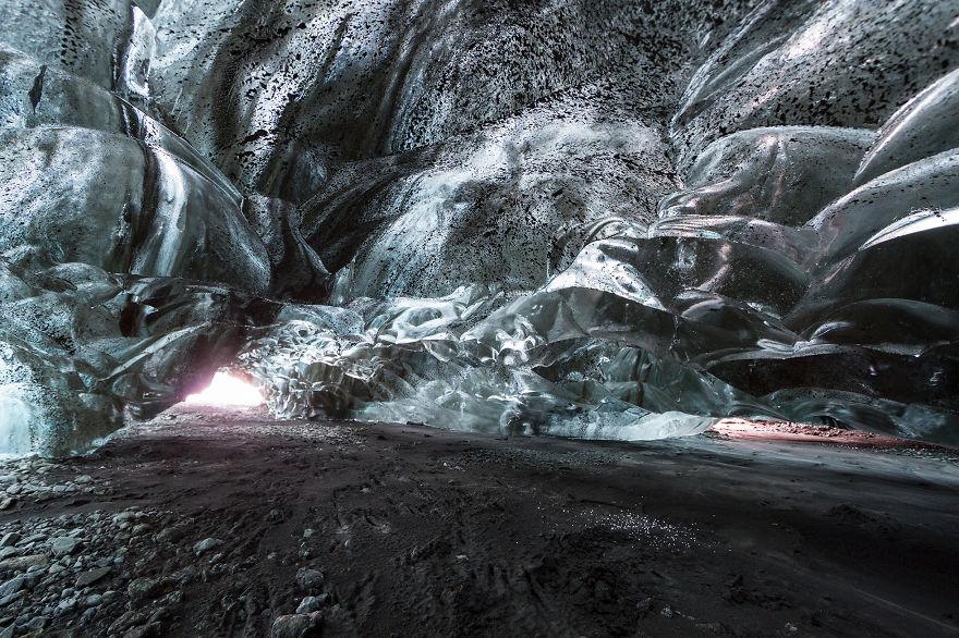 Ледяная пещера в Исландии - мечта фотографа