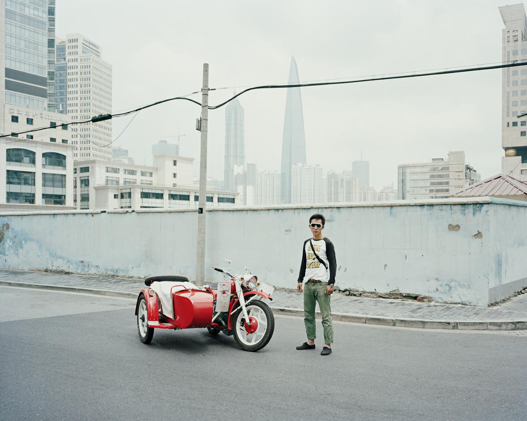 Байкеры Шанхая и их мотоциклы с колясками. Фотограф Орельен Шово - 7