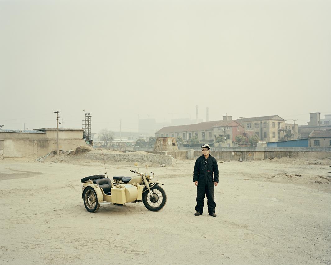 Байкеры Шанхая и их мотоциклы с колясками. Фотограф Орельен Шово - 11