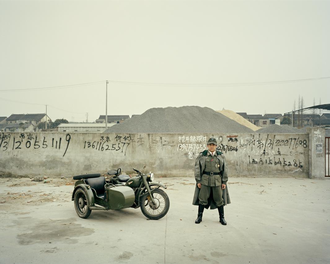 Байкеры Шанхая и их мотоциклы с колясками. Фотограф Орельен Шово - 6
