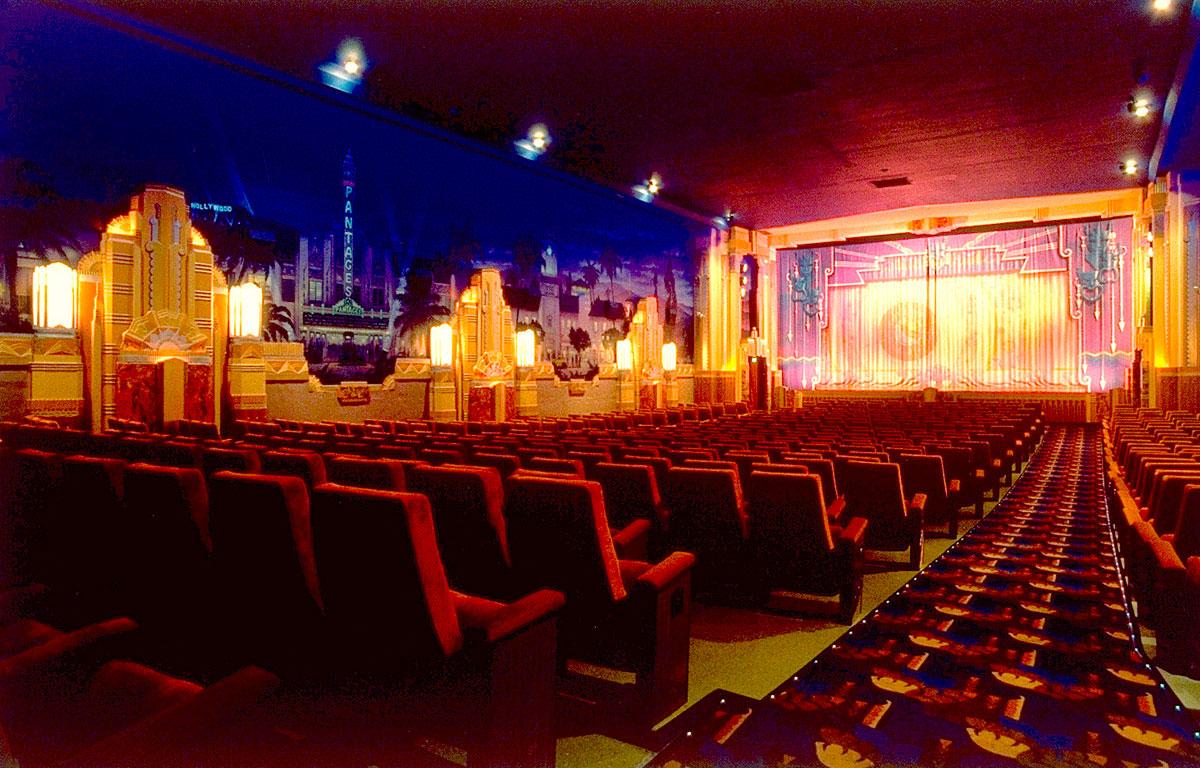 Crest Theatre, Сакраменто, Калифорния, США