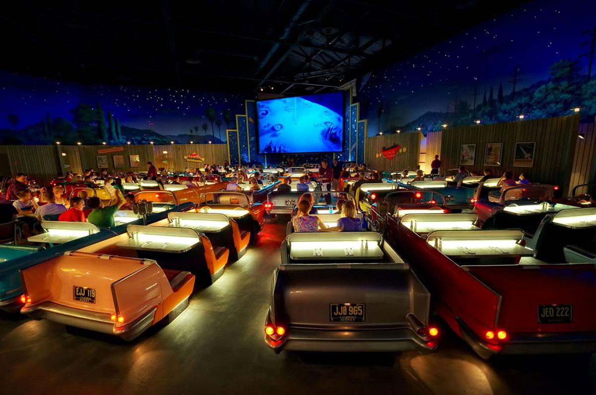 Кинотеатр Sci-Fi Dine-In в голливудской студии Диснея, Орландо, США-2