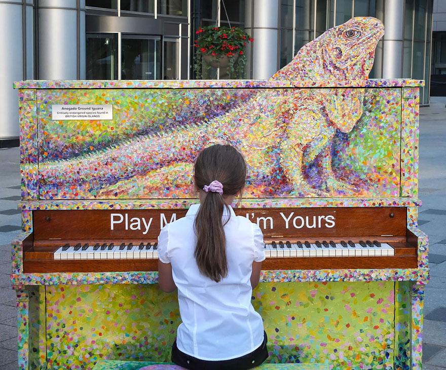 69 раскрашенных уличных пианино в разных городах мира-2