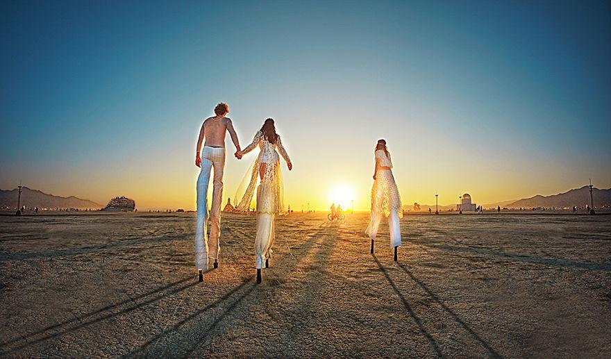 Сюрреалистичные фотографии с фестиваля Burning Man 2014