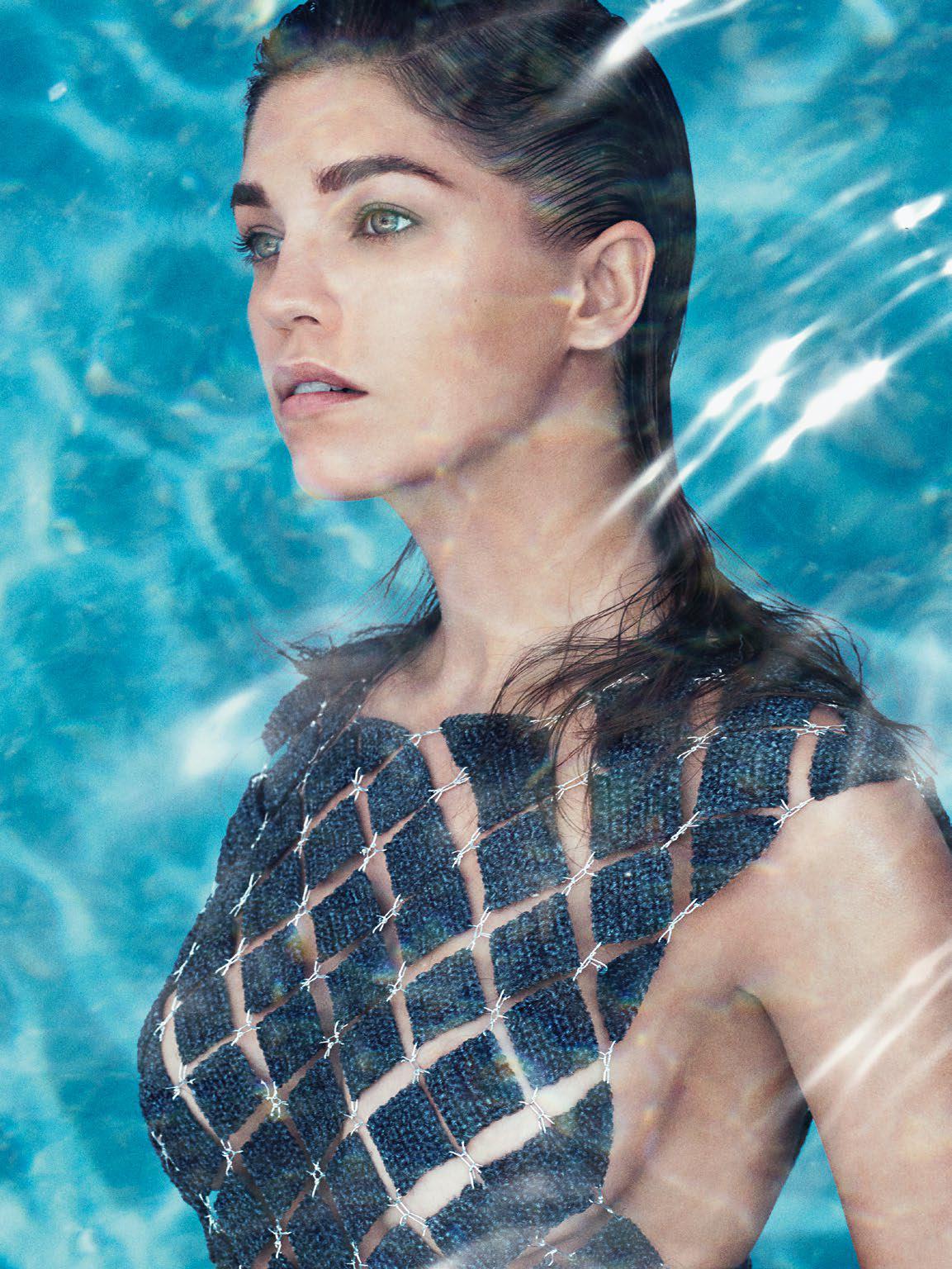 Великолепная супермодель Саманта Градовилль в фотосессии для Numéro Россия