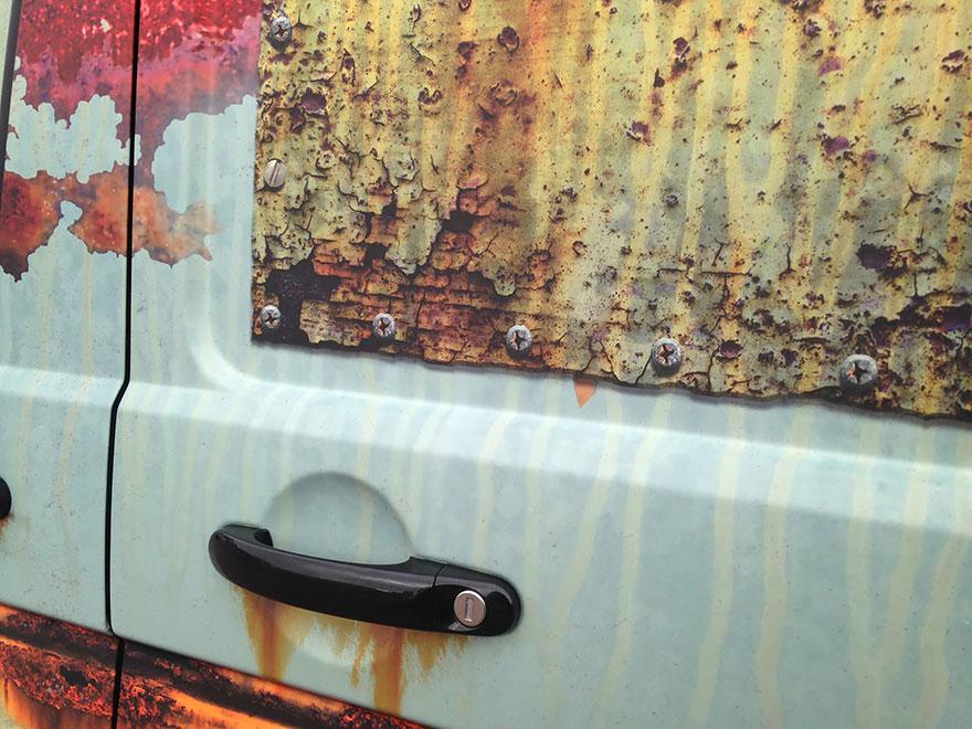 Ржавый камуфляж для защиты автомобиля от воров-3
