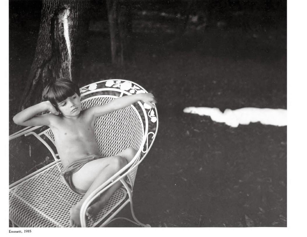 Фото крупно голых пись молодых девочек 4 фотография