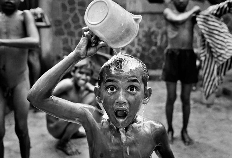 Мощные документальные фотопроекты Дарио Митидиери