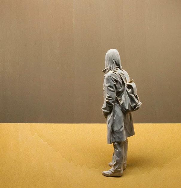 Невероятно реалистичные деревянные скульптуры людей-9