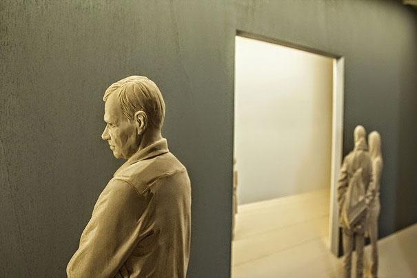 Невероятно реалистичные деревянные скульптуры людей-10