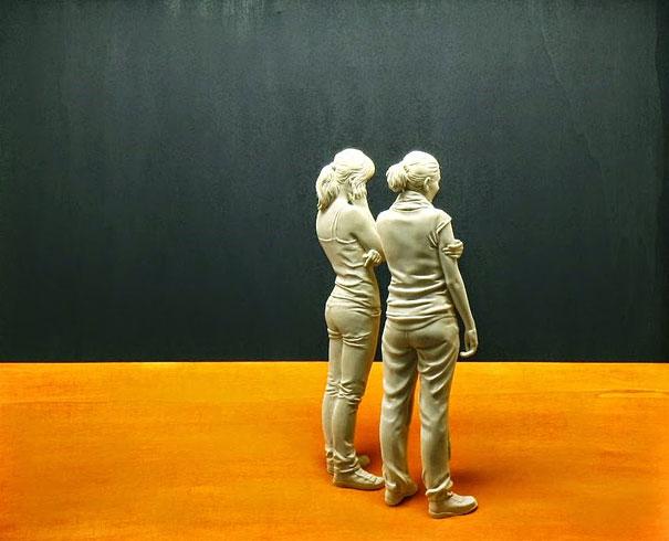Невероятно реалистичные деревянные скульптуры людей-12