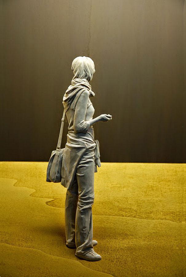Невероятно реалистичные деревянные скульптуры людей-3