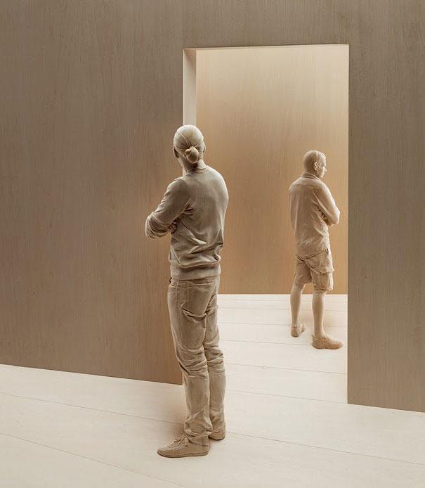 Невероятно реалистичные деревянные скульптуры людей-7