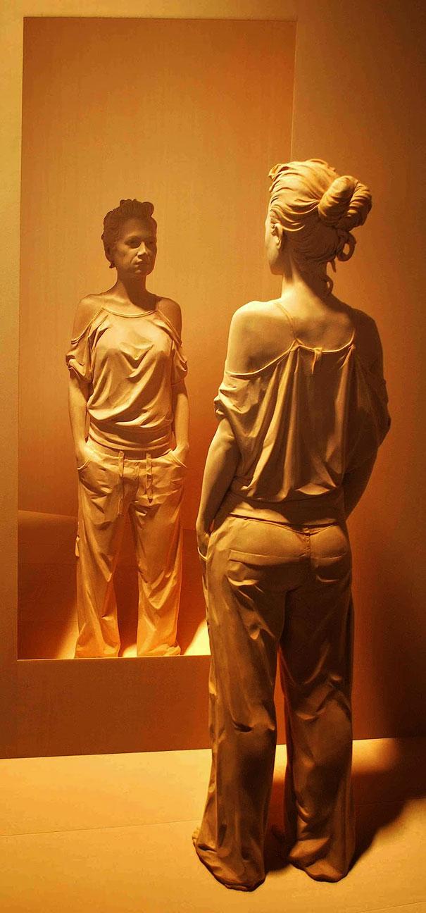Невероятно реалистичные деревянные скульптуры людей-2