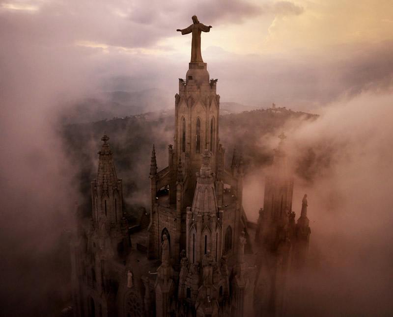 Храм Святого Сердца в Барселоне, Испания