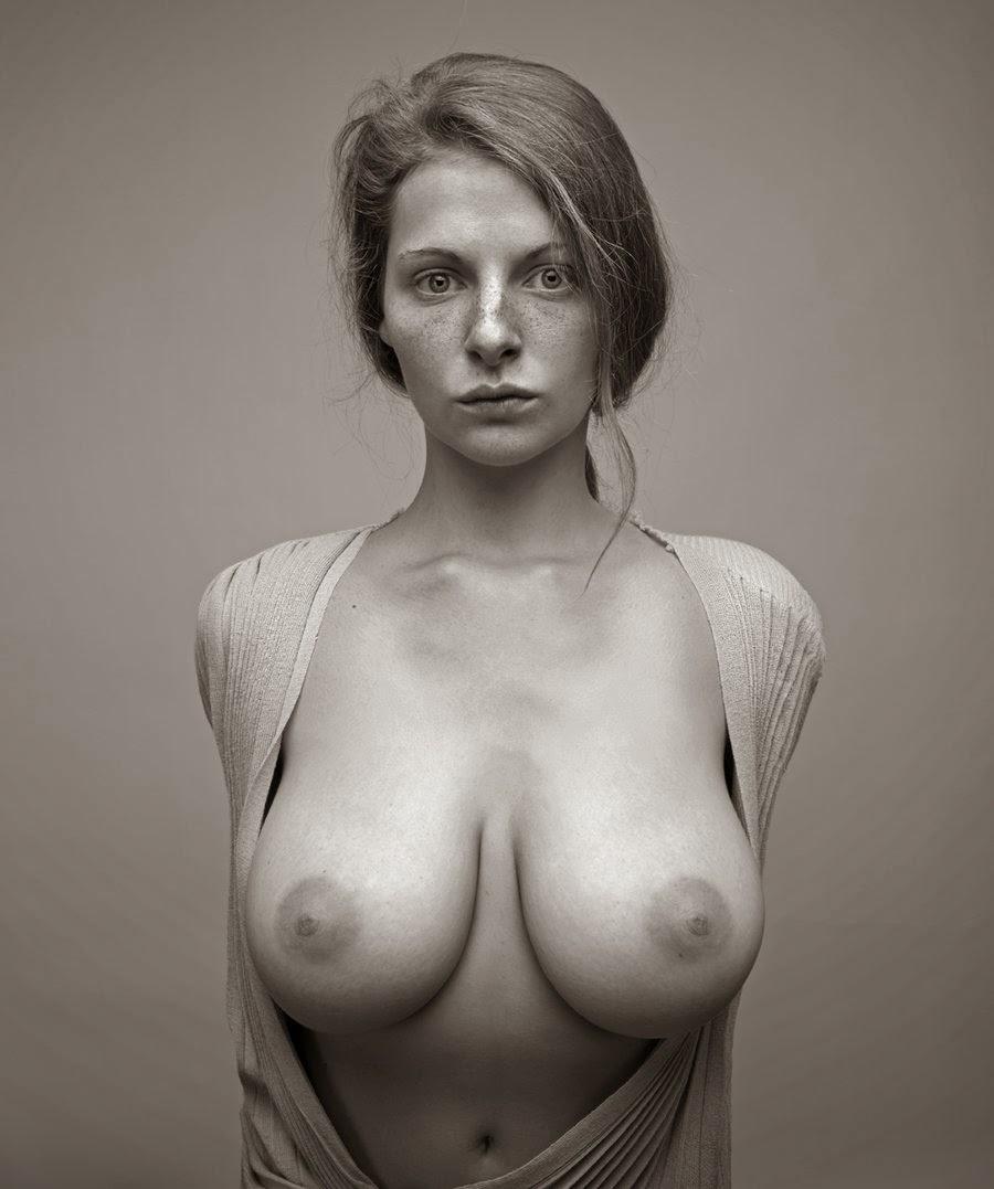Эротические портреты в высоком разрешении 13 фотография