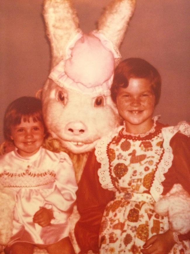 Жуткие пасхальные кролики - 29 праздничных фотографий - 1