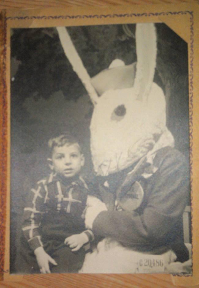 Жуткие пасхальные кролики - 29 праздничных фотографий - 15
