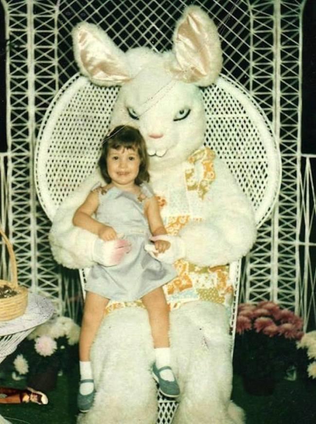 Жуткие пасхальные кролики - 29 праздничных фотографий - 17