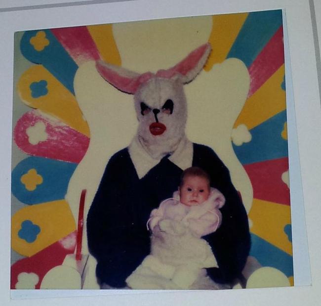 Жуткие пасхальные кролики - 29 праздничных фотографий - 19