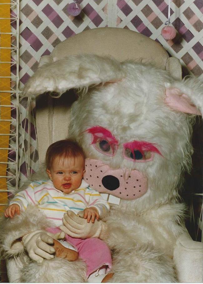 Жуткие пасхальные кролики - 29 праздничных фотографий - 9