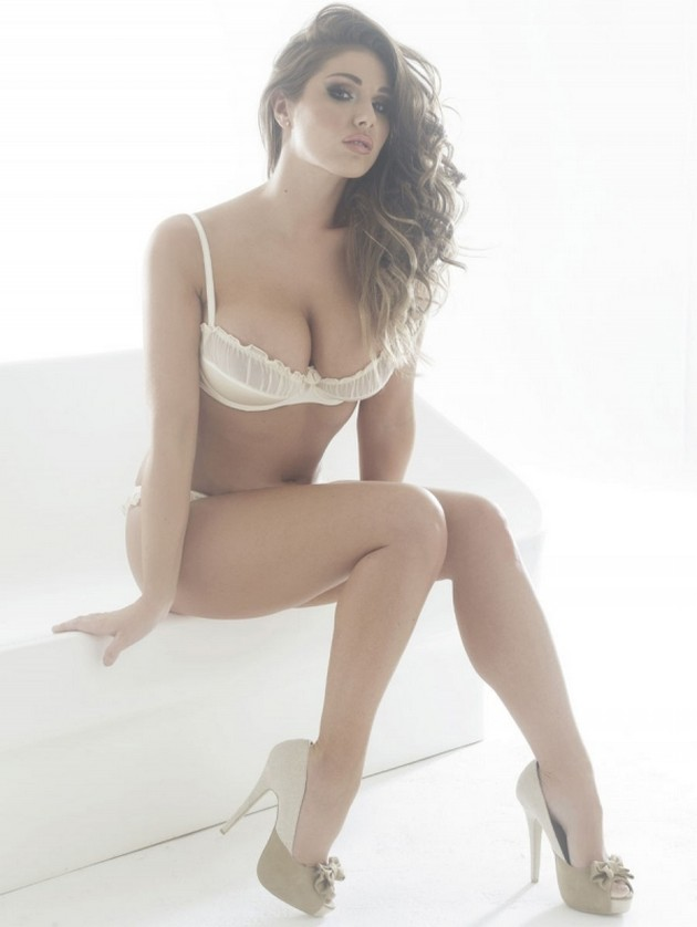fotomodel Lucy Pinder 8