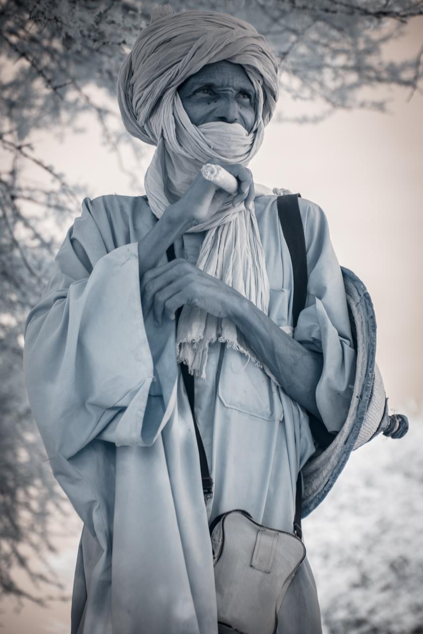 Кочевые племена Нигера в инфракрасных фотографиях Терри Голд-1