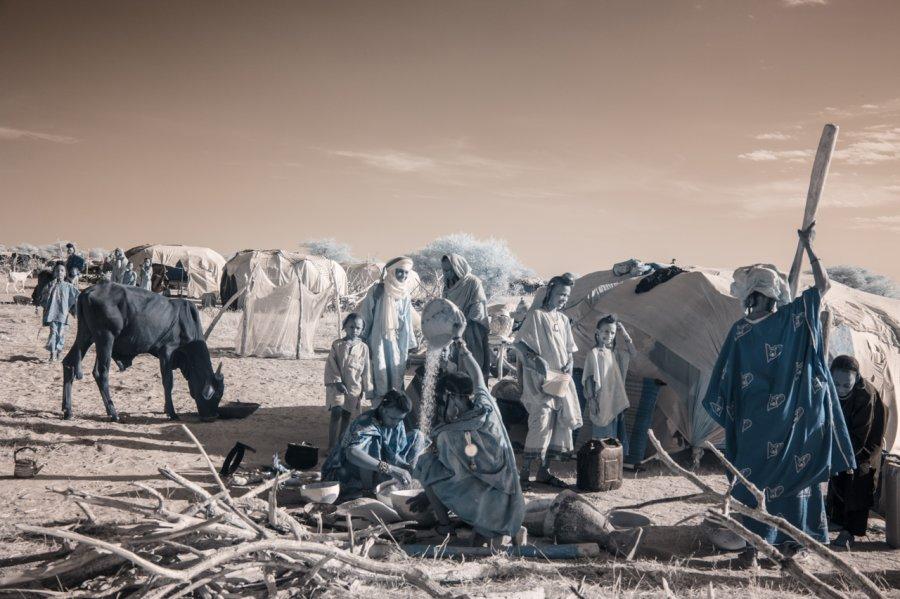 Кочевые племена Нигера в инфракрасных фотографиях Терри Голд-4