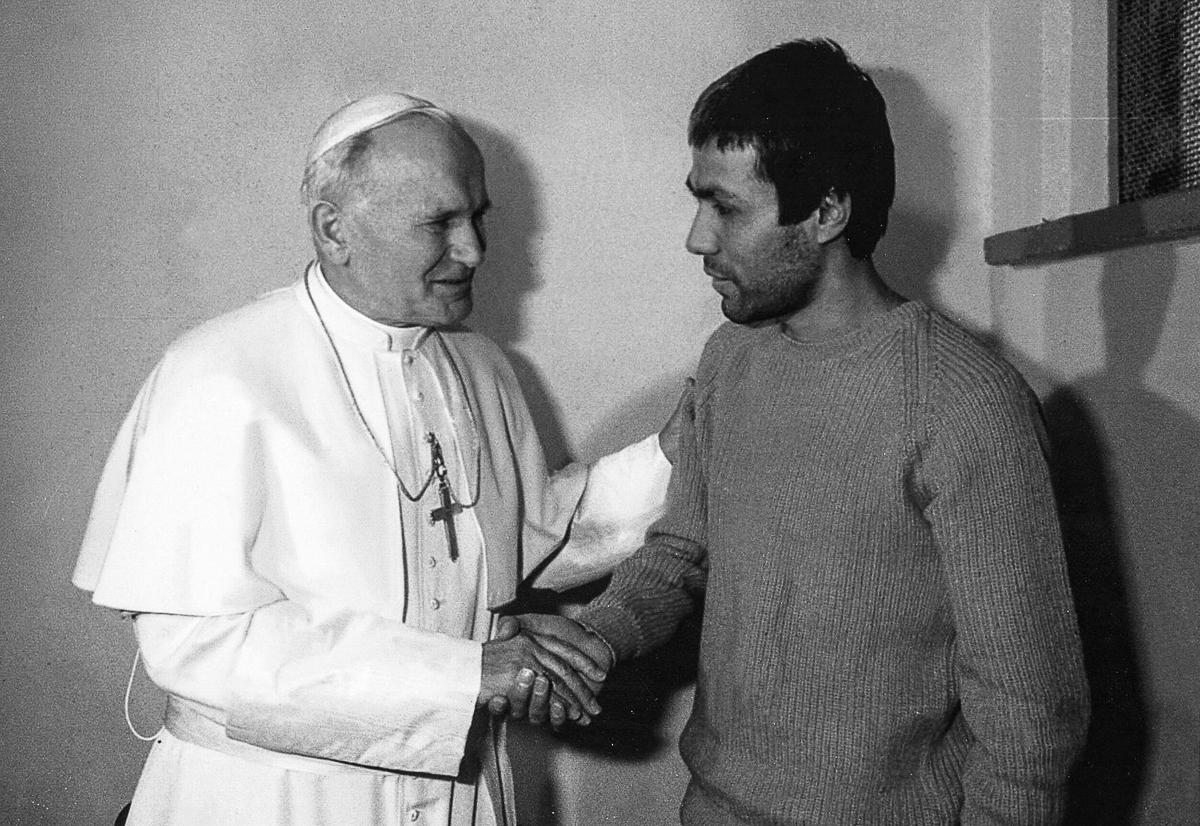 pokushenie na Papu Rimskogo Ioanna Pavla II 15