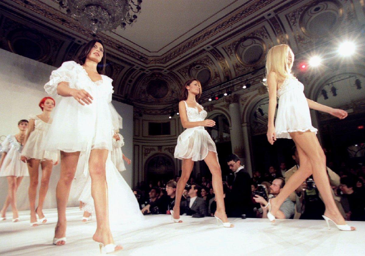 Pokaz mod Victorias Secret 1