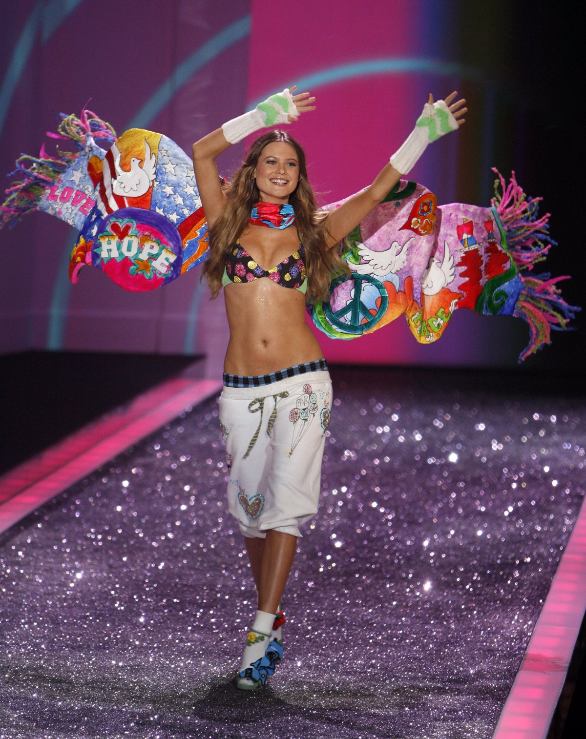 Pokaz mod Victorias Secret 18