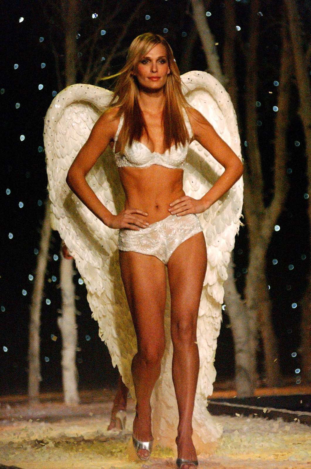 Pokaz mod Victorias Secret 7