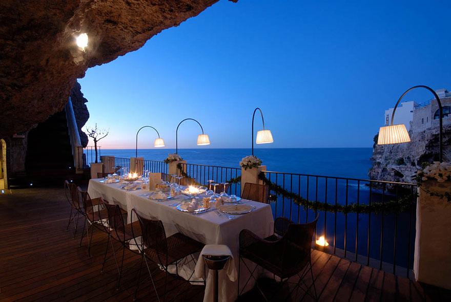 Гротта Палаццезе – один из самых живописных ресторанов Италии-10