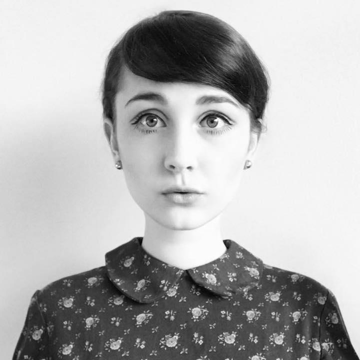 17-летняя девушка правдоподобно воплощается в самые разные образы