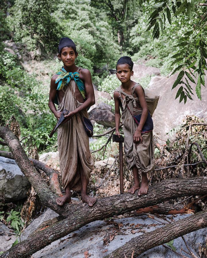 «Короли леса»: фотопроект о последних охотниках-собирателях Гималаев
