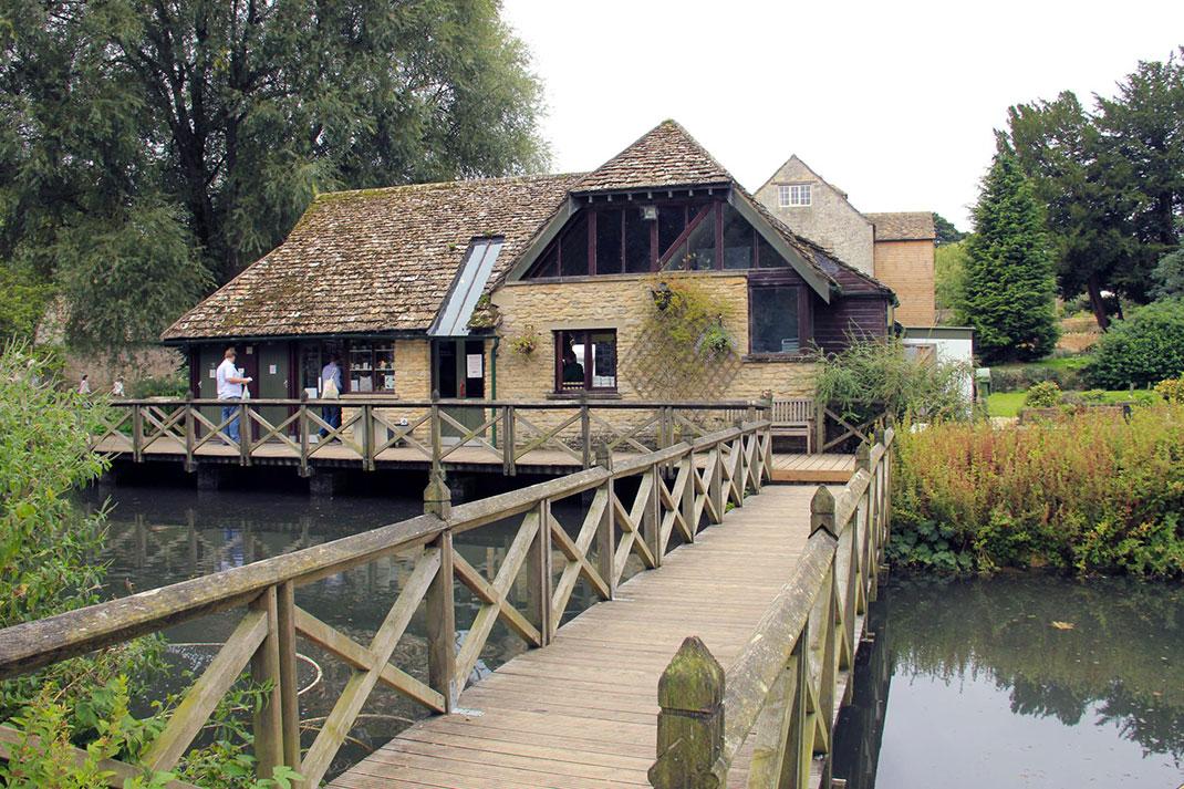 Байбери – самая красивая деревня в Англии 16