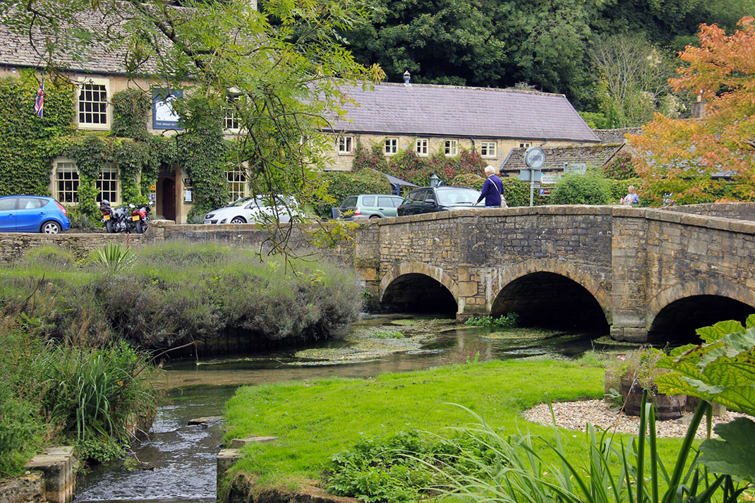 Байбери – самая красивая деревня в Англии 4