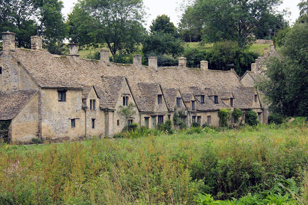 Байбери – самая красивая деревня в Англии 6