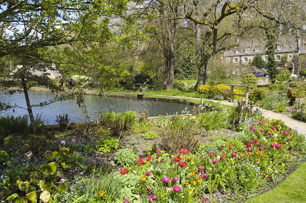 Байбери – самая красивая деревня в Англии 9