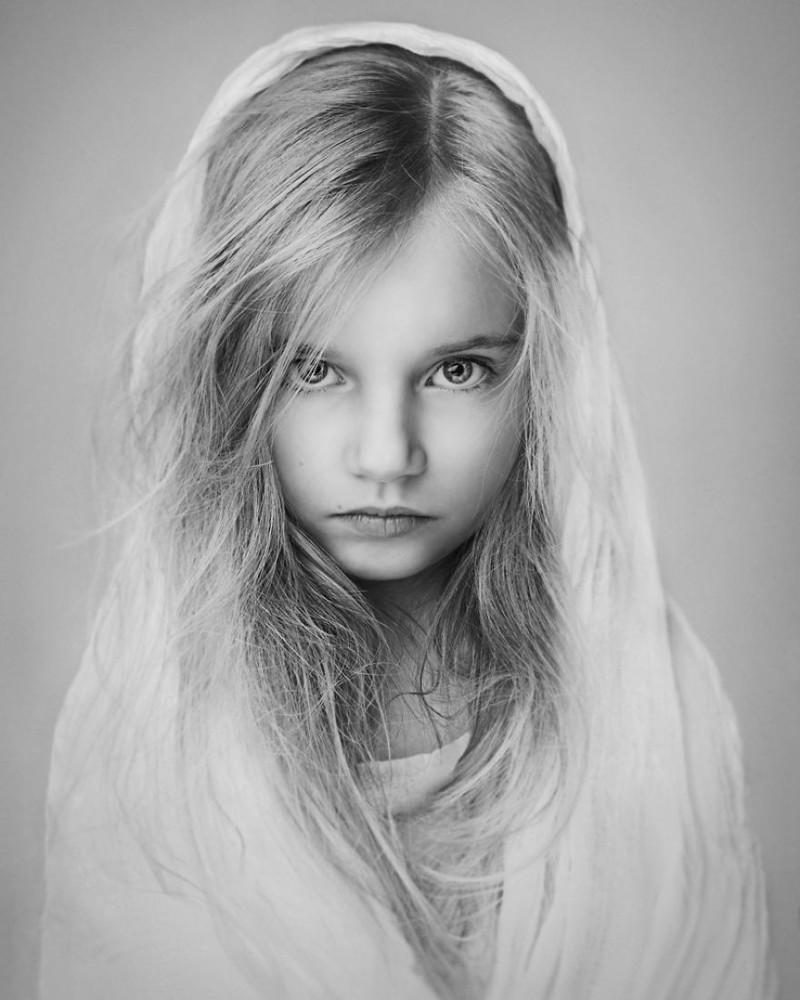 Luchshie fotografii konkursa B W Child 13