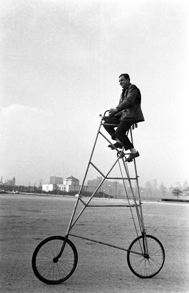 retro fotografii o strannyh velosipedah 10