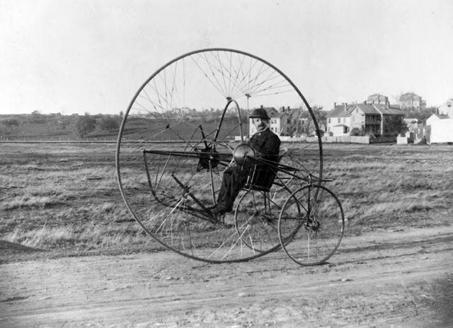 retro fotografii o strannyh velosipedah 15