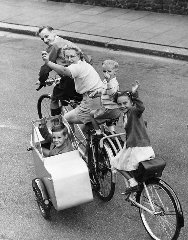 retro fotografii o strannyh velosipedah 23